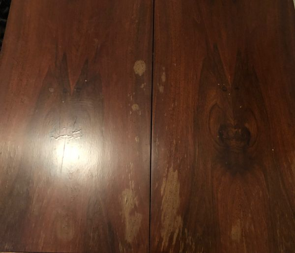 Hello Can Anyone Help Me Identify What Kinda Of Wood This Table Is Are There Any Characteristics That Would The Age